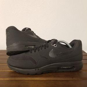 Nike Air Max 1 Essential Black size 10.5